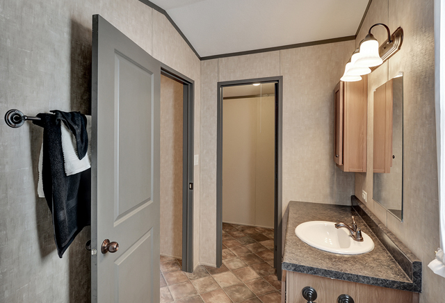 Legacy 1676-225FLPAUltimate Home Photo