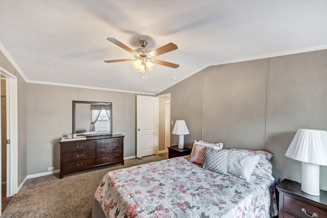 Legacy 1680-32HClassic Home Photo