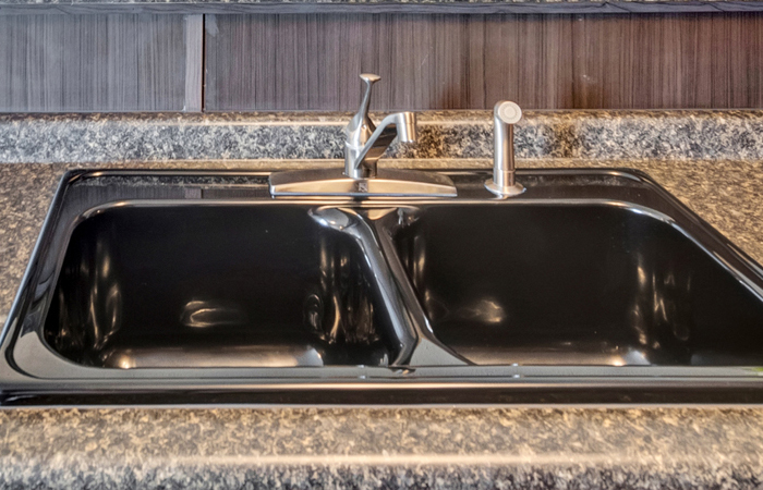 Kitchen Sink Black Double Bowl 8-inch Deep